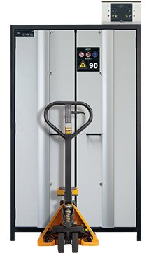 Safety storage cabinet Q-PHOENIX-90 with a pallet truck