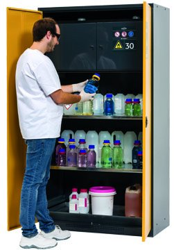 Cabinet for chemicals with Type 30 safety box