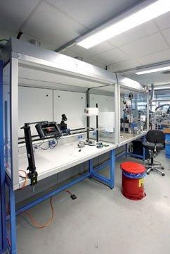 İki tehlikeli madde çalışma alanının kombinasyonu