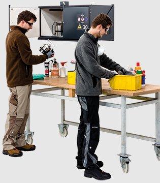 Duvara montaj için tip 30 güvenlik kutusu; tehlikeli maddelerin doğrudan çalışma alanında ve çalışma tezgahı üzerinde güvenli ve basit şekilde saklanması