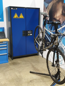Application example: ION-LINE for storing lithium-ion batteries for e-bikes
